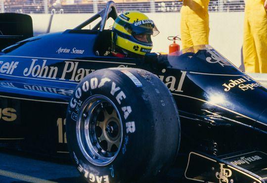 Ayrton Senna Lotus - Renault 1985