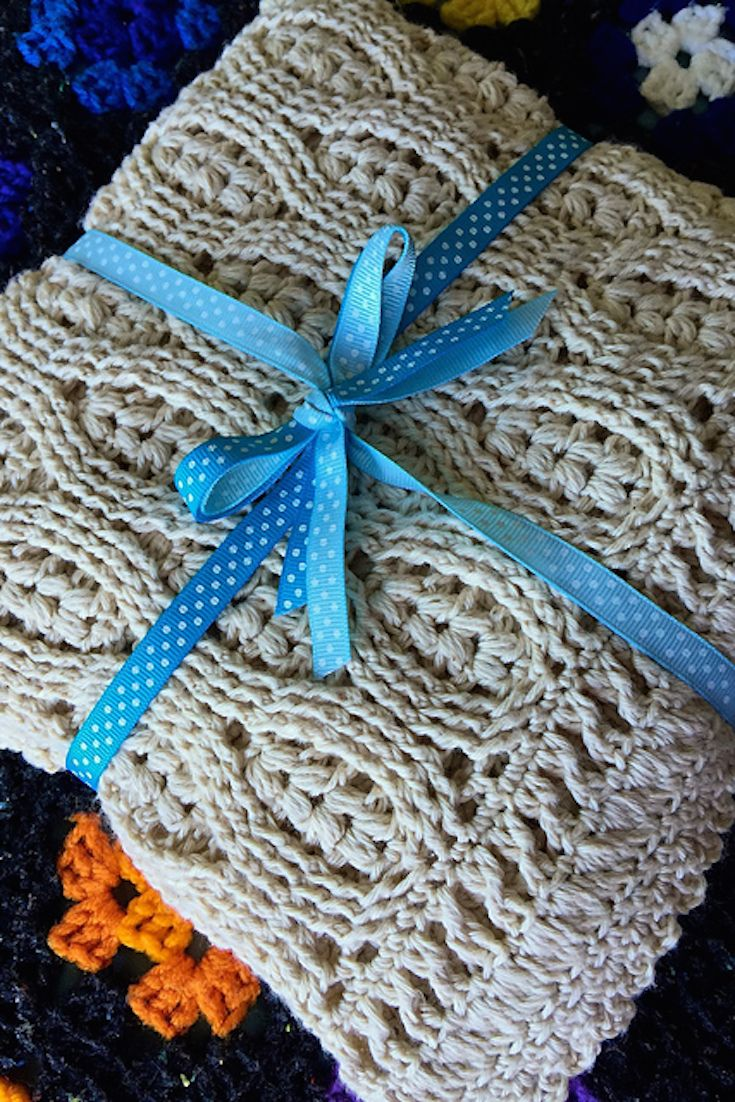 [Free Crochet Pattern] This Wheat Stitch Baby Blanket Pattern Will Keep You Interested Until The Very Last Row