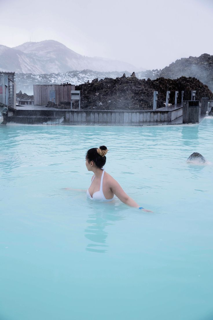 First stop in Iceland: the Blue Lagoon - GREASE & GLAMOUR