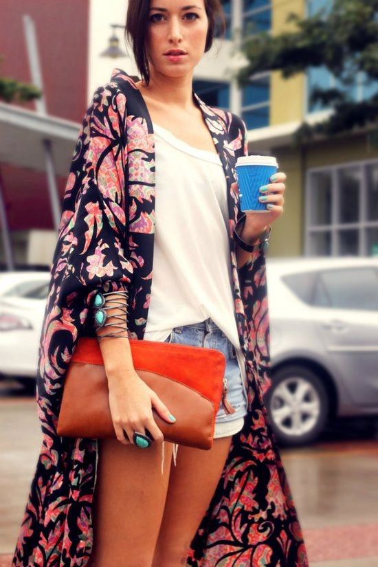long flowing seriously chic coat over super casual outfit. love this