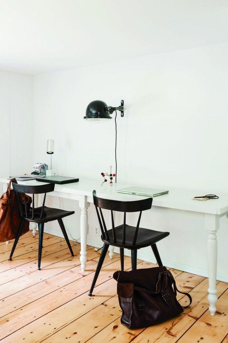 DIY partner's desk designed by Robert Highsmith of Brooklyn design firm Workstead