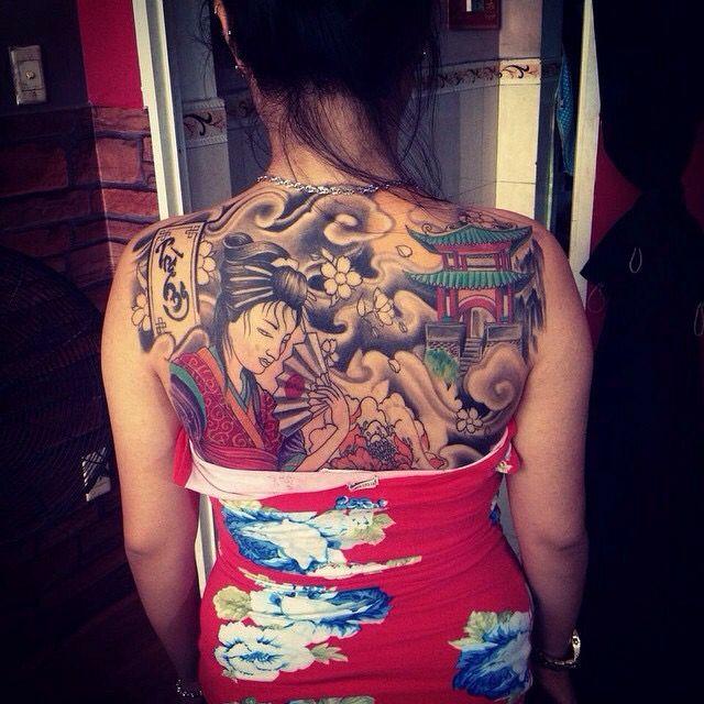 Geisha full back tattoo in progress by bomtattoo.com danang city ,vietnam