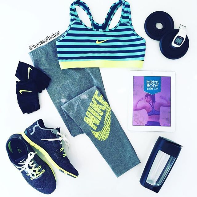 Just a few workout essentials ☺️ I love flat lay photos! Are there any tricks to tak... | Use Instagram online! Websta is the Best Instagram Web Viewer!