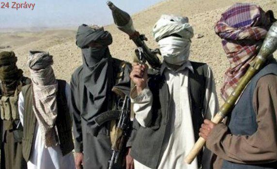 Rusko podporuje Taliban? Lži, USA chtějí zakrýt kolaps své politiky v Afghánistánu, kontruje Moskva