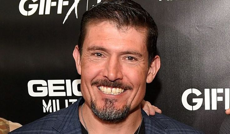"""Kris """"Tanto"""" Paronto, survivor of the Benghazi siege in 2012 that claimed the lives of four Americans, says that Hillary Clinton is blatantly lying!"""
