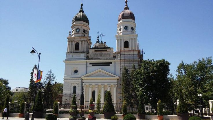 One of the most important religious constructions in Romania: The Metropolitan Cathedral