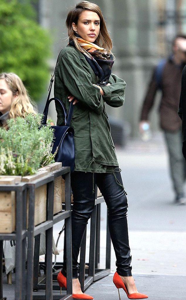 Pop of Orange: Jessica Alba's Street Style