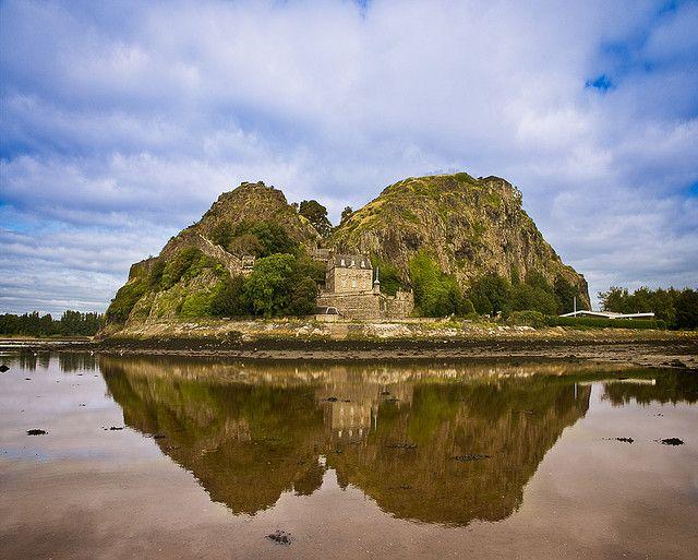 Dumbarton CastleIt overlooks the Scottish town of DumbartonScotland55.936111,-4.562778