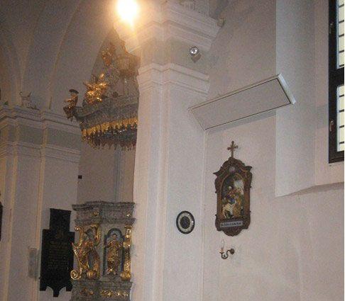 Panele grzewcze z serii Radium - ogrzewanie kościoła