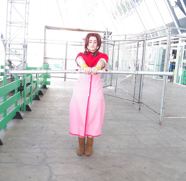 Character: Aerith Gainsborough   Videogame: Final Fantasy VII   Cosplayer: Rydia
