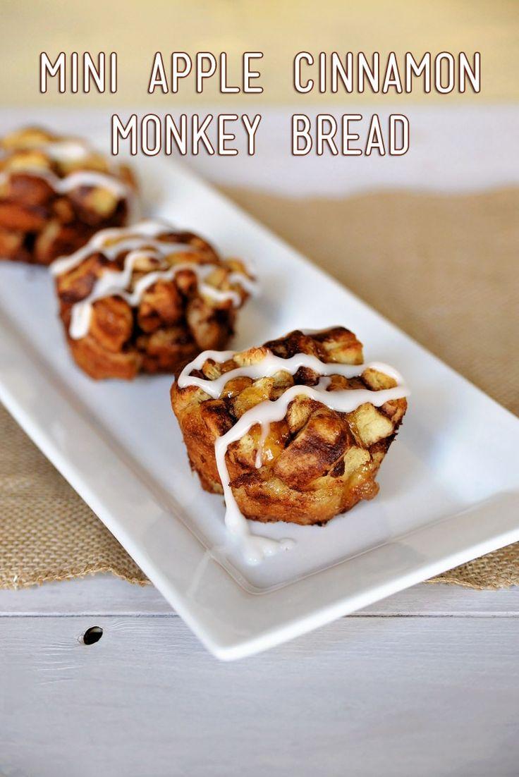 #WarmUpYourDay with this Mini Apple Cinnamon Monkey Bread Recipe. Super easy and delicious. #ad
