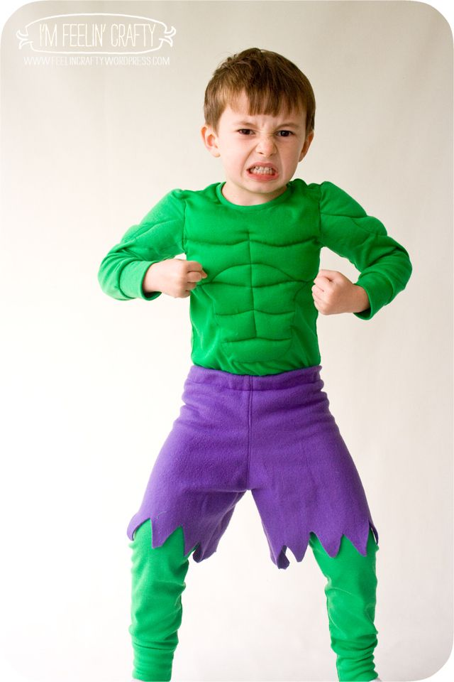 gotta find a green shirt and purple shorts. - done