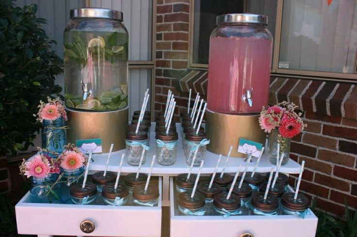 Pretty Mason Jars with Daisy Lids - Drink Station by Sweet Soirees (www.sweet-soirees.com.au)