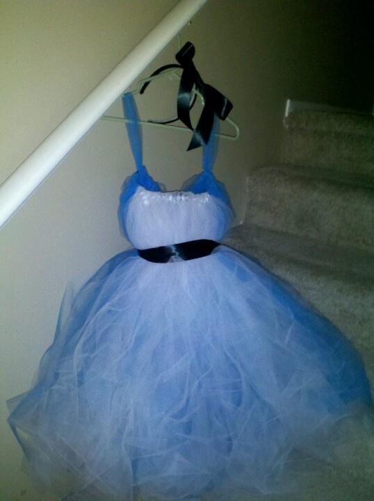 DIY Alice tutu dress costume
