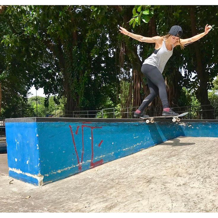 """52.7k Likes, 172 Comments - Leticia Bufoni (@leticiabufoni) on Instagram: """"Bs Tailslide """""""