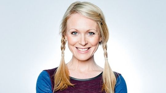Vanessa Woodfield is played by Michelle Hardwick