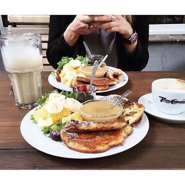 Ich habe etwas leckeres mit der Foodguide App gefunden: vegane Pancakes. Wollen wir das mal ausprobieren?