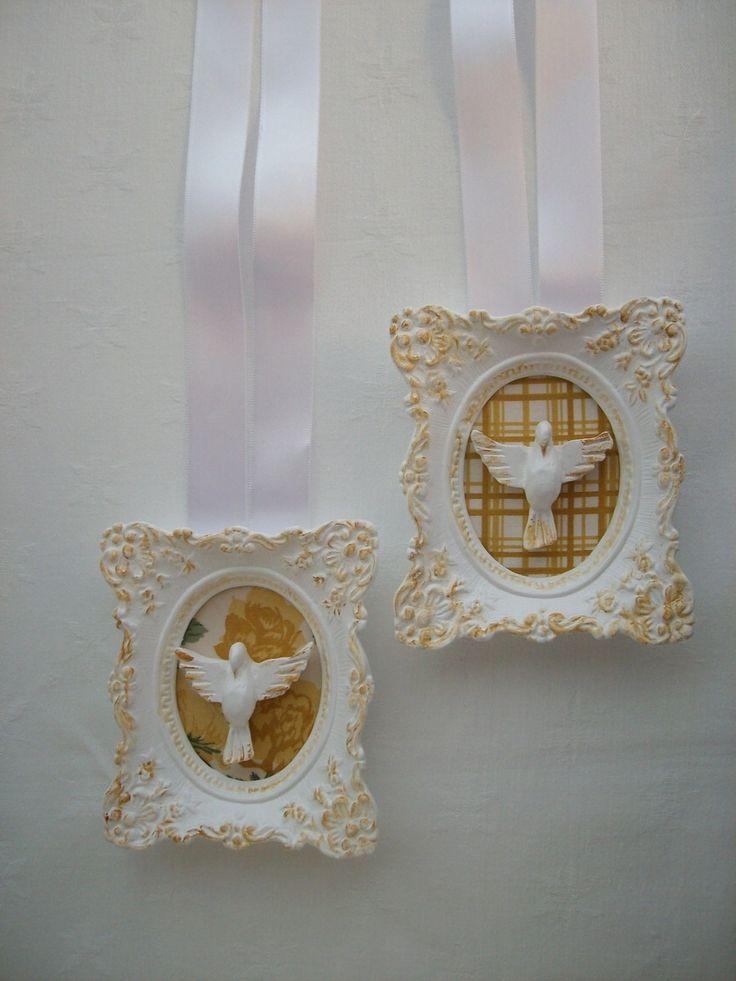 peças em gesso, com decoupage em tecido, pátina em óleo, e fita de cetim