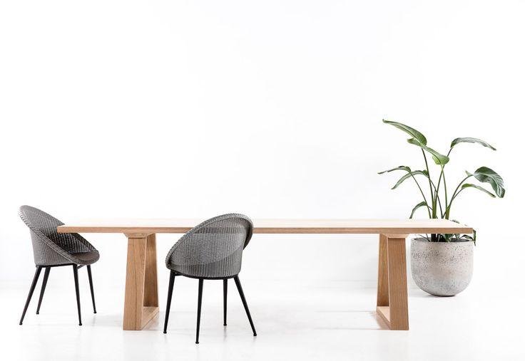 Splayed Loop Table - The Wood Room