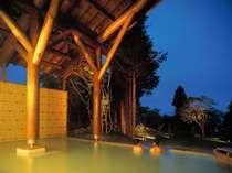 星が降りそそぐ露天風呂でゆったり、ほっこり・・・♪十和田湖が目の前で朝食がおいしかったホテル
