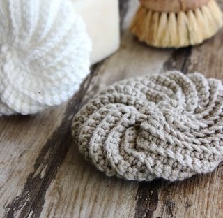 luli: tawashi pattern- for washing dishes, instead of using a sponge
