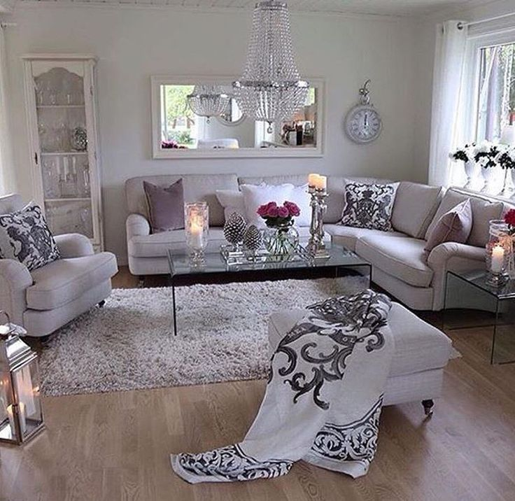19 best Small Cape Cod Living Room Design images on ...