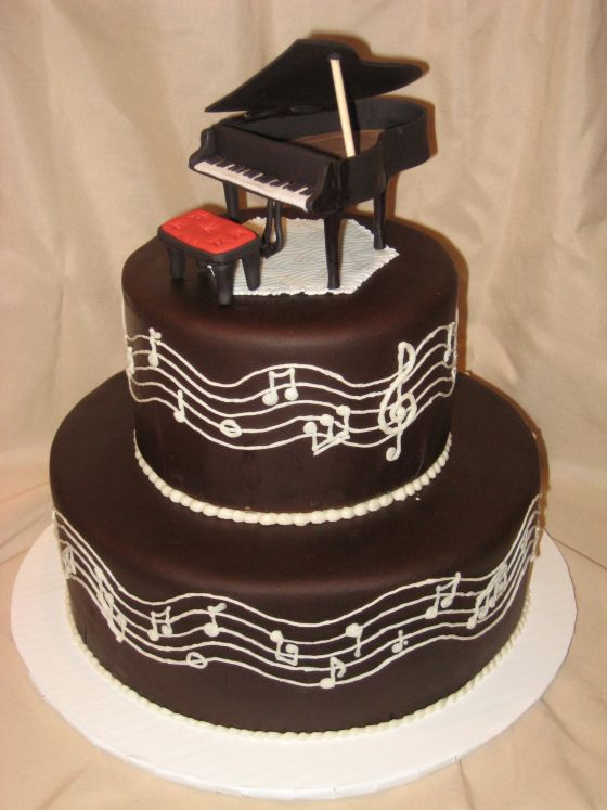 Piano cake - My birthday is in MAY in case anyone wants to make me one of these!
