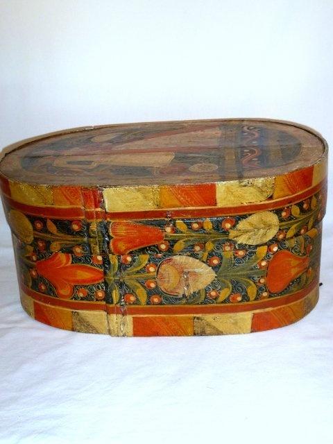 bride or hat box...~♥~