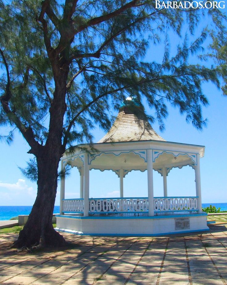 Explore the historic bandstand along the South Coast boardwalk and admire the beach & ocean view.