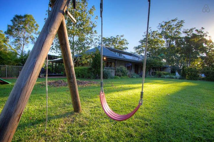 House in Dyers Crossing, Australia. Pure serenity!  You can't help but relax when you arrive at Wind River Ranch. Hammocks, pool, great coffee machine, divine beds,lots of birdlife, vege gardens and birdlife! LTD - Living the Dream...  Escape to the country with your family and frie...