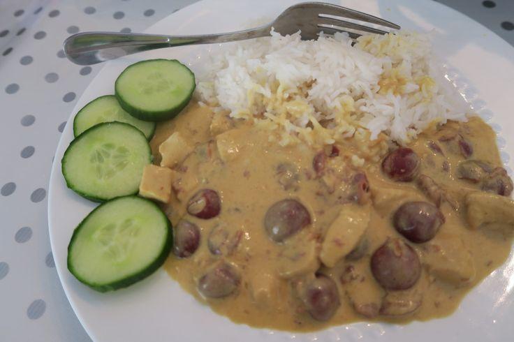Recept: Rijst met kipkerrie en kersen : lijkt op kip in de hoed, maar dan de gezonde versie met rijst. Kip kerrie is zo lekker!