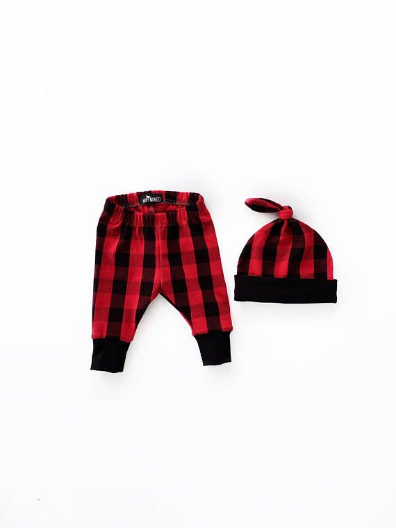 Newborn sized pants and top knot beanie in a trendy red and black buffalo plaid print. These are made of a medium weight cotton Lycra fabric - they are soft, stretchy and breathable. Add on a matching pair of harem pants or leggings for siblings! Search the pants section of our shop. We also