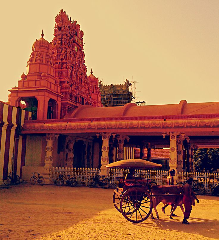 The Beautiful and Iconic Nellur Temple in Jaffna at Sunset