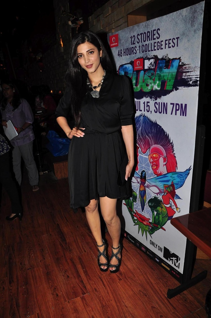 Shruti Hassan at The Launch of MTV Rush. | Bollywood Cleavage