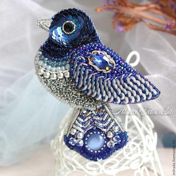 Купить Брошь синяя птица вышитая бисером - брошь, брошь ручной работы, брошь из бисера