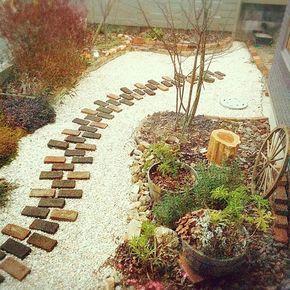 庭 裏庭 小道のまとめページ | RoomClip (ルームクリップ) 庭 裏庭 小道を組み合わせてできるレイアウトまとめ