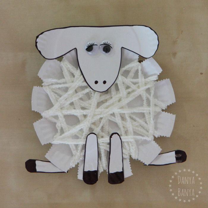Preschool woolly sheep or lamb craft from paper plates, craft, elementary school, spring, #knutselen, kinderen, basisschool, schaap, lam van papieren bord en wol