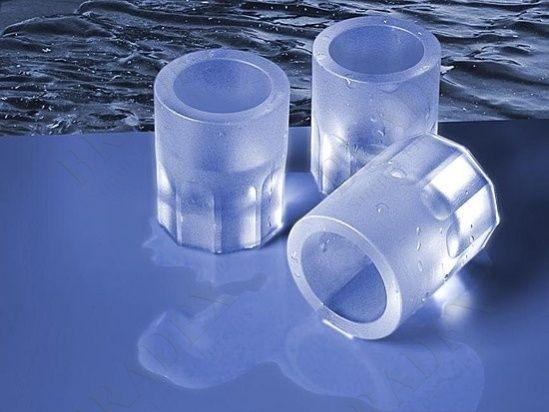 Форма «ЛЕДЯНЫЕ СТОПКИ» АРТИКУЛ: SU 0008 Добавляете лед в напиток? А как насчет добавить напиток в лед? Налейте воду в форму, поставьте ее в морозильную камеру, и ледяные стопки готовы! В такой рюмке Ваши любимые горячительные напитки моментально остынут до нужной температуры. Ледяные стопки не нужно мыть: оставьте их в раковине, они сами растают. Фантазируйте! Заливайте в форму сок, молоко или другие жидкости, чтобы удивлять своих друзей оригинальными ледяными стопками! Преимущества…