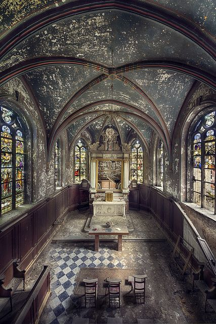Chapel R. by kleiner uRbEx hobbit, via Flickr    Abandoned