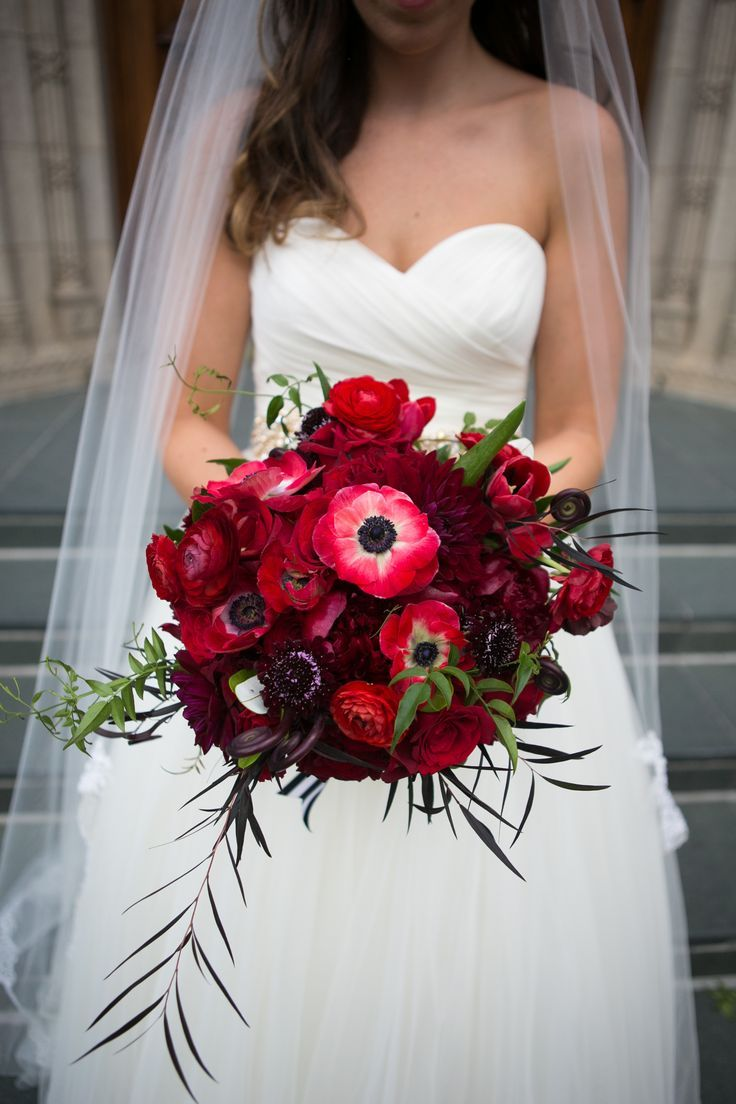 Katie Carried A Textural Red Bouquet Of Anemones Ranunculus Poppies Peonies And Fiddlehead Fer Red Bouquet Wedding Red Bridal Bouquet Poppy Wedding Bouquets