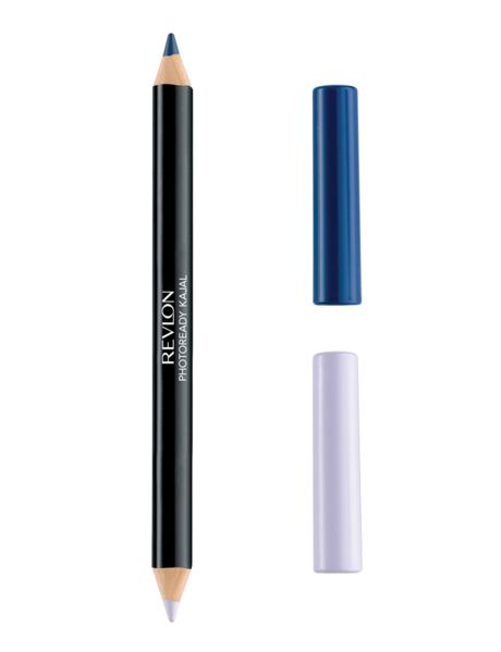 Το Revlon Photoready Kajal Intense Eyeliner & Brightener είναι το διπλό μολύβι ματιών, που είναι ειδικά σχεδιασμένο για να φωτίσει το βλέμμα σας και να σας χαρίσει λαμπερό αποτέλεσμα! Έχοντας στη μία πλευρά του brightener μολύβι, σε συμπληρωματικό τόνο με την απόχρωση του μολυβιού, και στην