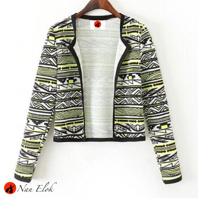 Lembayung - Cropped Blazer in Tribal Pattern   IDR269.000 / USD31   Chest: 100cm, Length: 49cm, Armhole: 44cm, Sleeve length: 63cm