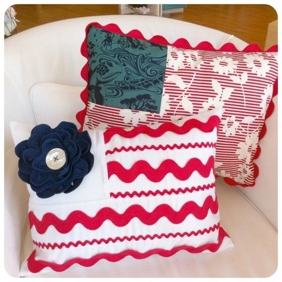 patriotic pillows  These would go so well with the quilt I have on the trundle bed