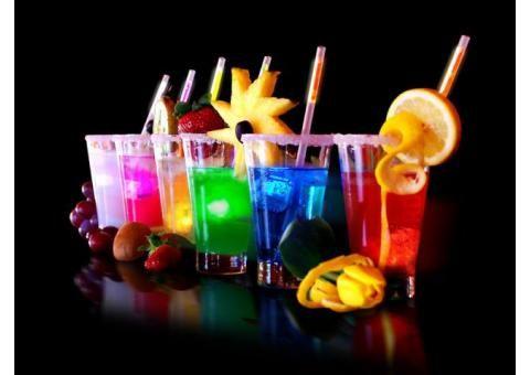 Zatrudnimy hostessy do pracy w luksusowym klubie nocnym w centrum Katowic. Zapewniamy bardzo wysokie wynagrodzenie, luksusowe warunki pracy, ochronę oraz bardzo miłą atmosferę. Praca polega na obsłudze klientów w lokalu. Wysoka prowizja od sprzedanych drinków – codzienne rozliczenie. Możliwe bezpłatne zakwaterowanie. Tel: 606658 483