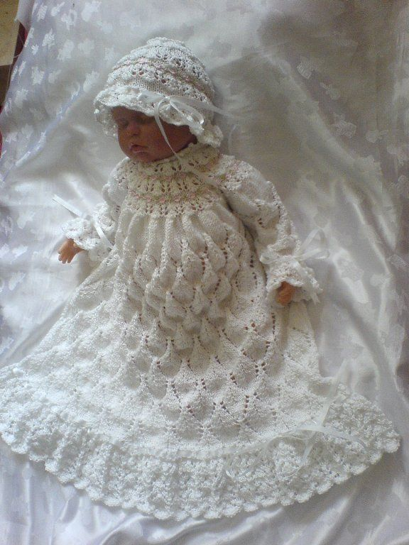 1000+ images about Christening dresses on Pinterest Crochet baby, Baby girl...