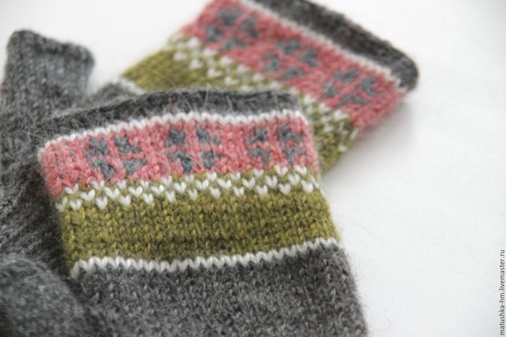 Купить Митенки - разноцветный, орнамент, митенки, варежки, knitting, шерстяные митенки, митенки женские, жаккардовые варежки, mittens, knitted accessories, knitted mittens, wool mittens
