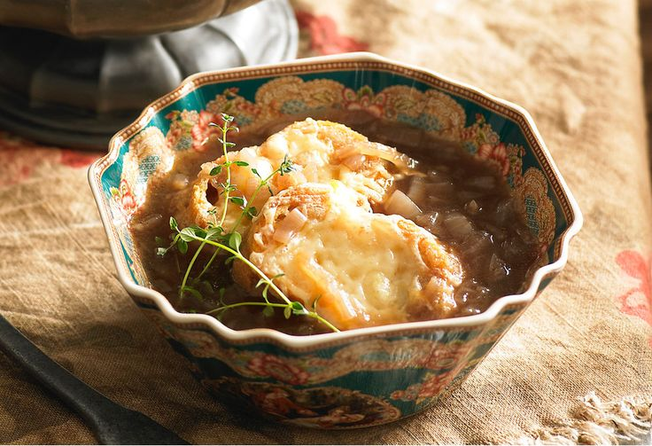 Taste the French countryside in every spoonful of this traditional onion soup with cheesy croutons.