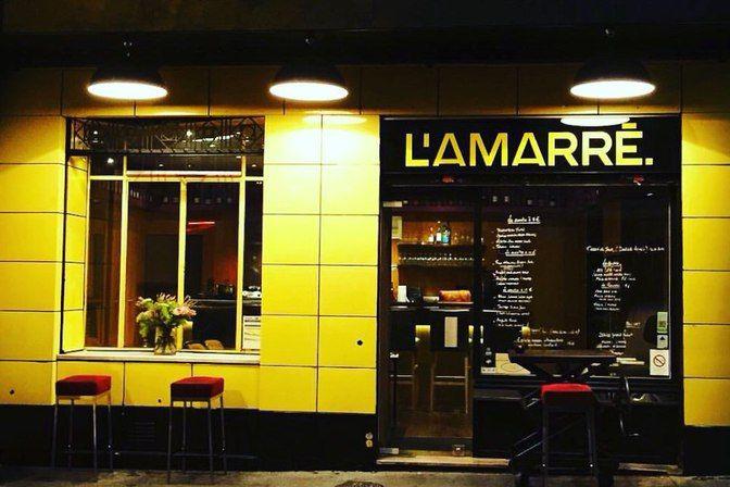 Restaurant L'Amarré , 5, rue de la Fontaine-au-Roi Paris 75011. Envie : Poissons et fruits de mer, Bar à vins et cave à manger. Les plus : Antidépr...