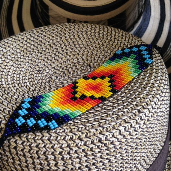 Made by indigenous hands, you will find all their knowledge and traditions in this beautiful piece.  The art of weaving beads takes many hours and reflects, through their colors, the culture and people of Colombia…that makes each piece unique.