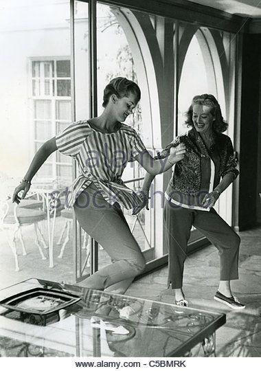 2516 Best Bette Davis Images On Pinterest Bette Davis